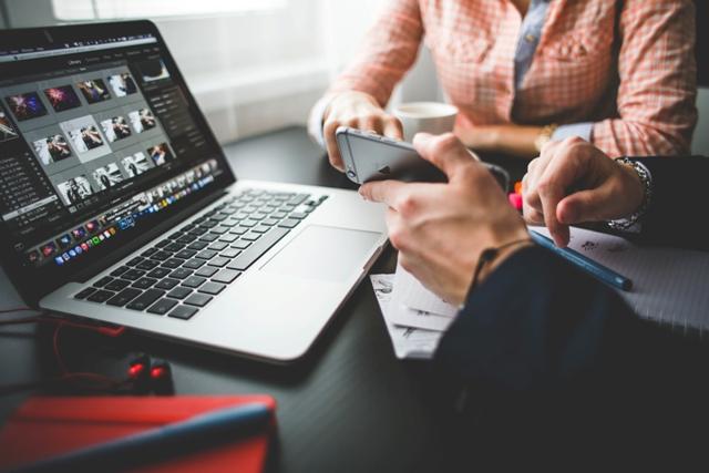 Tips Menulis Surat Lamaran Menarik HRD